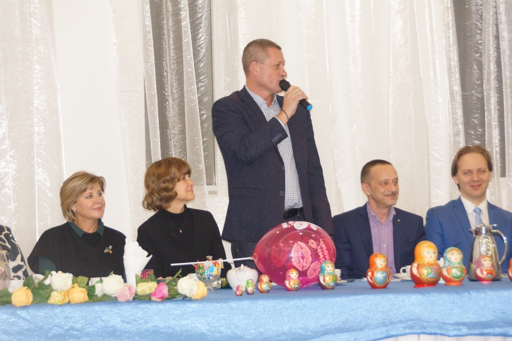 Депутаты СД МО Перово приняли участие в проведении Фестиваля семейных традиций. Фото Александра Калугина