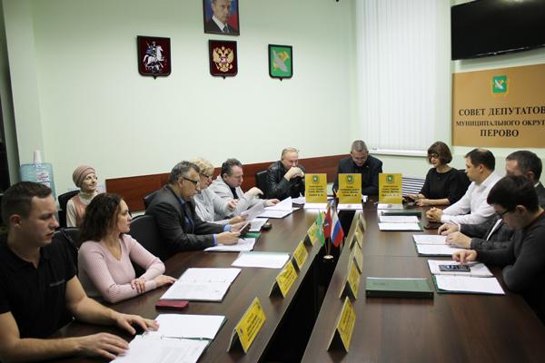 Заседание Совета депутатов. Фото Сергея Овчинникова