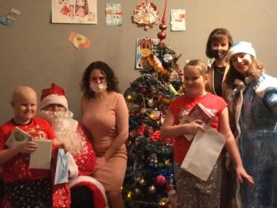 Юные перовчане получили подарки на Новый год