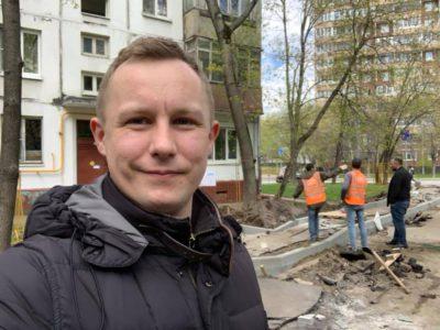 Денис Аксёнов проверил проведение ремонта асфальтобетонного покрытия