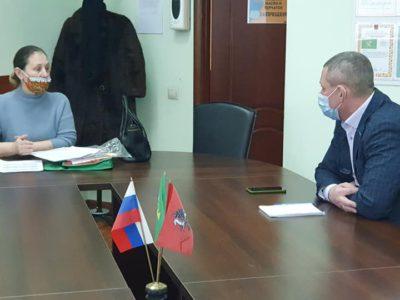 Перовчан ознакомили с майским графиком приёма депутатов