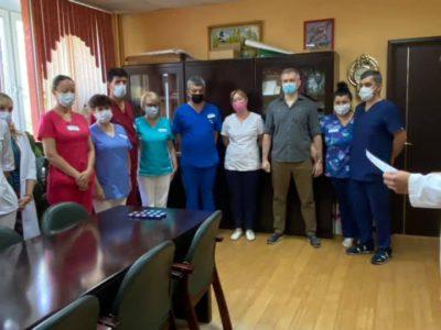 Перовским стоматологам вручили нагрудные знаки