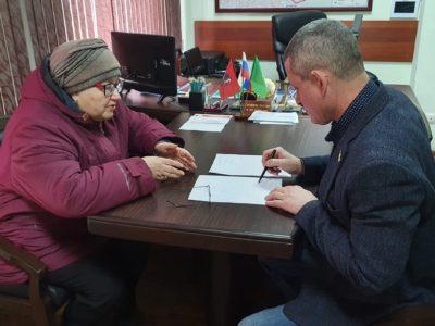 Перовчане могут записаться на октябрьский приём к депутатам